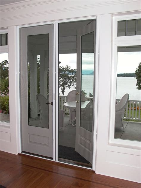 doors with retractable screens door