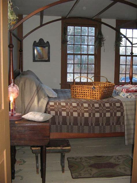 Primitive Bedroom Decor by Primitive Colonial Bedrooms Studio Design