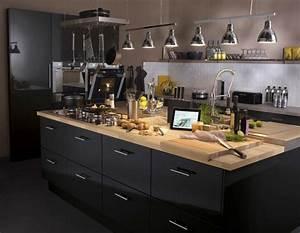 Meuble Cuisine Noir : un meuble de cuisine rio noir leroy merlin ~ Melissatoandfro.com Idées de Décoration