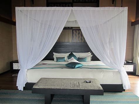 ways   sheer curtains  valences