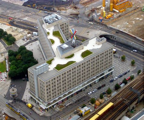 berolinahaus en alexanderplatz por peter behrens metalocus