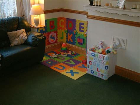 babys play corner   living room baby play areas