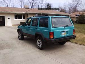 1996 Jeep Cherokee Sport Sport Utility 4