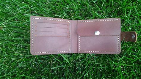 How To Make A Convenient And Reliable Leather Wallet