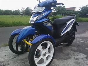 Honda Beat Fi Reverse Trike