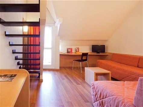 hotel a deauville avec dans la chambre l 39 hôtel ibis deauville centre 3 étoiles dans le calvados