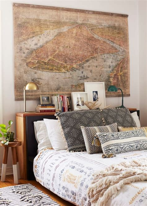 Bohemian Bedroom Ideas by 25 Best Ideas About Bed Without Headboard On