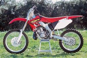 Honda 250 Cr : honda 250 cr moto verte ~ Dallasstarsshop.com Idées de Décoration