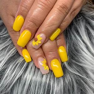 50 amazing sunflower nail designs for summer page 18