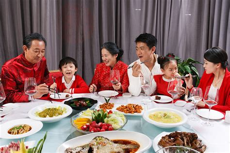 New Celebrate Family Friends Life: Chinese New Year's Eve Festivals And Celebrations