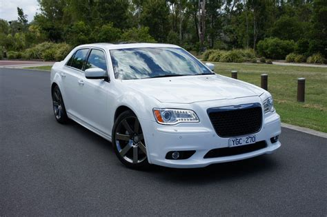Chrysler 300 Reviews by Chrysler 300 Srt8 Review Caradvice