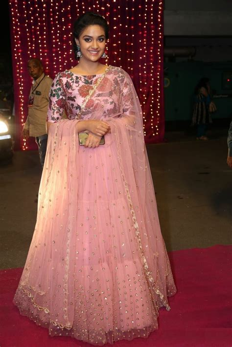 keerthy suresh hot sizzling pictures full hq images