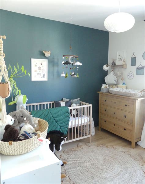 chambre de bebe garcon gris bleu  vert inspiration