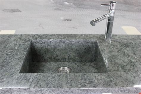 plan de travail cuisine avec evier integre evier en granit vert san fransisco granit andré