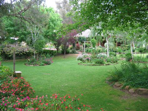 Fileharvey Stirling Cottage Gardensjpg  Wikimedia Commons
