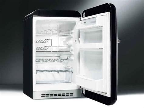 Smeg Mini Kühlschrank by Fab10hrne Mini K 252 Hlschrank By Smeg
