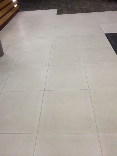 cleaning ceramic tile floors