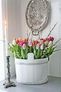 Dale un toque primaveral a la decoración con tulipanes