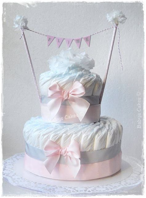 gateau de couches eline cadeau naissance fille tortas en