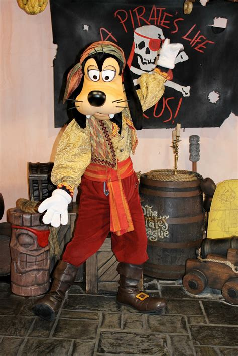 Unofficial Disney Character Hunting Guide One More Disney