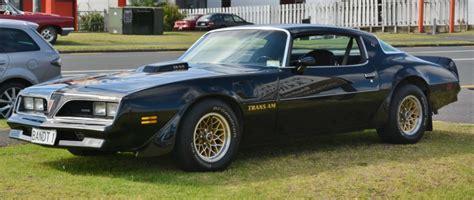 Firebird History by Pontiac Firebird 2 The Black Gold Bandit
