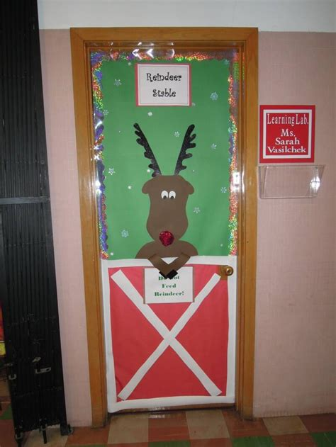 awesome christmas door decoration ideas   home