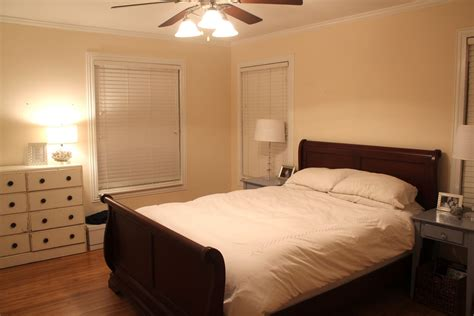 Bedrooms For by Applying The Accurate Bedroom Paint Colors Midcityeast