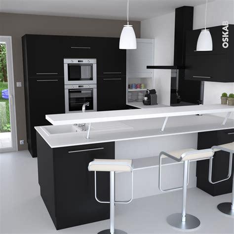 plan cuisine ouverte cuisine et blanche au style design avec snack bar