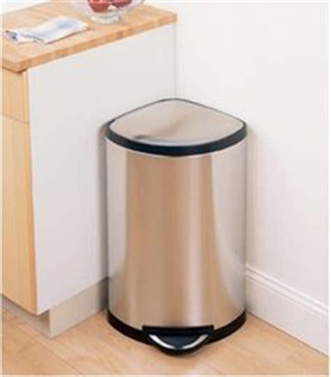 poubelle design cuisine poubelle inox d 39 angle le choix design et pratique