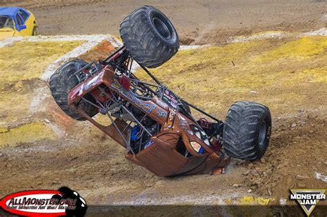 monster truck jam houston 2014 monster jam photos houston fs1 chionship series 2016