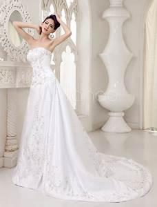 robe de mariee a ligne en satin ivoire avec strass With robe mariee courte avec bague argent