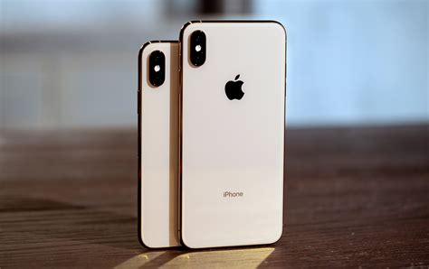 Apple Iphone Xs And Xs Max Review Pricey But Futureproof
