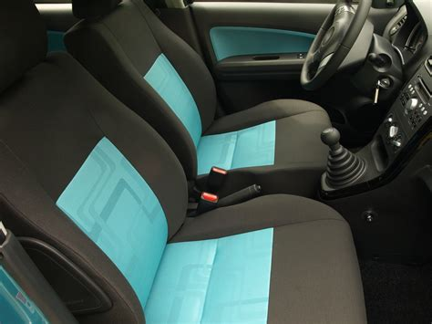 nettoyage siege voiture nettoyer les sièges de sa voiture 9 astuces nettoyage