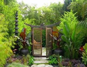 28 japanese garden design ideas to style up your backyard With katzennetz balkon mit green garden apart hotel
