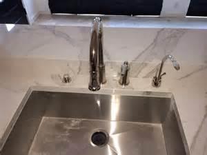ideas for bathroom window treatments calacatta porcelain slab