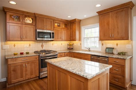 honey oak kitchen cabinets decorating ideas oak cabinets search interiors oak