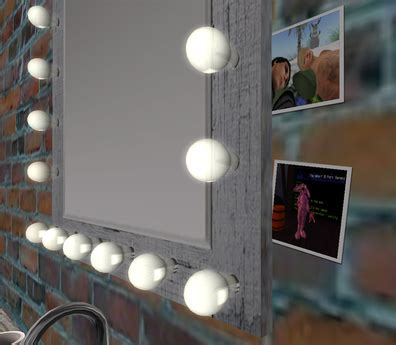 second marketplace vanity mirror with light bulbs