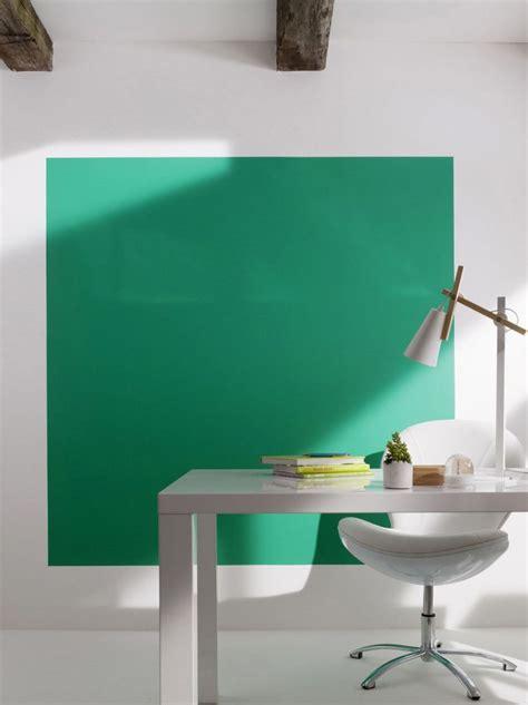 la deco couleur vert emeraude effet feel good assure