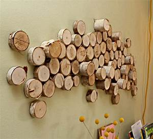 Wood slice wall decor : How to turn logs into affordable wall art ? curbly diy