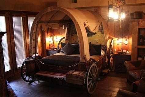 12 Awesome Fantasy & Themed Adult Hotel Rooms