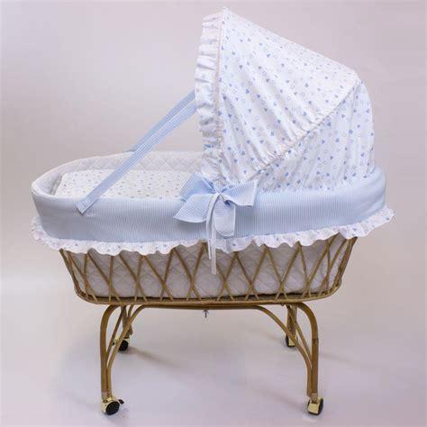 Culle In Vimini Rivestite culle in vimini con materassino cuscino carrello e telaio