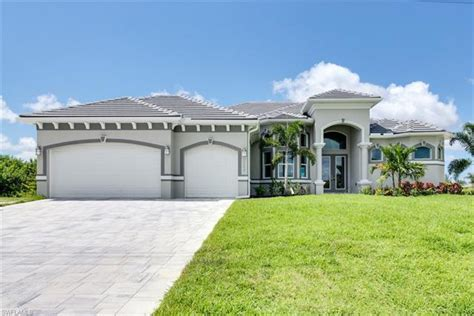 Auto Upholstery Cape Coral Fl by Golf Course Homes For Sale Cape Coral Golf Course Properties