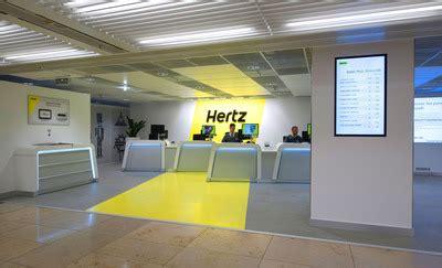 hertz brings  global car rental revolution  flagship
