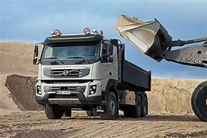 Toyota St Maximin : caradisiac a essay un camion de chantier ~ Gottalentnigeria.com Avis de Voitures