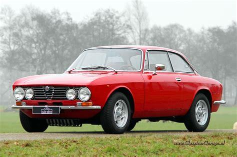 Alfa Romeo Giulia 1600 Gt Junior Photos, Reviews, News