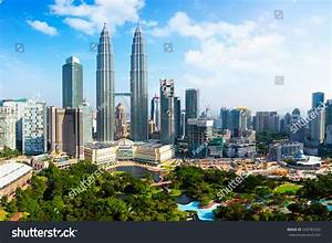 Kuala Lumpur Skyline Malaysia Stock Photo 549783202 ...