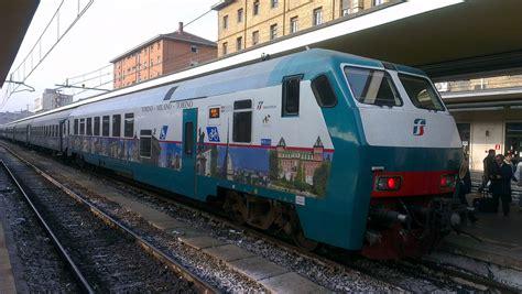 Polfer Torino Porta Nuova by Treno Torino Durante Un Controllo La Polfer Scopre