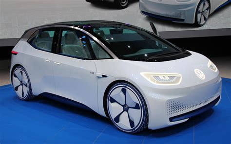 volkswagen  golf   replaced    family