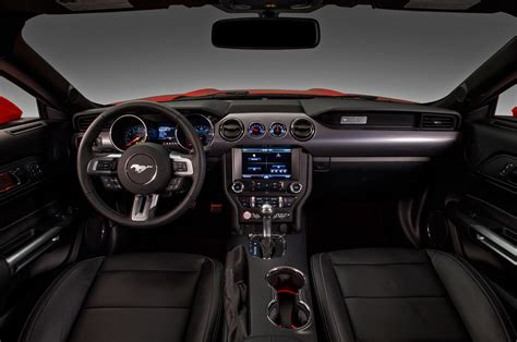 2015 ford mustang interior 2015 ford mustang look motor trend