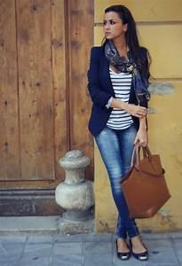 Parisian Chic Street Style u2013 Dress Like A French Woman 2018 | FashionGum.com